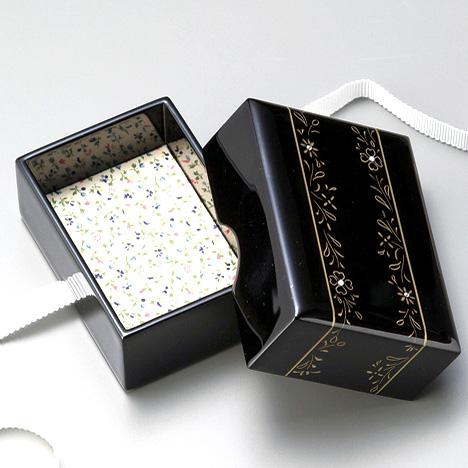 牡丹彫 小箱 黒  【送料無料】 漆塗り・木製