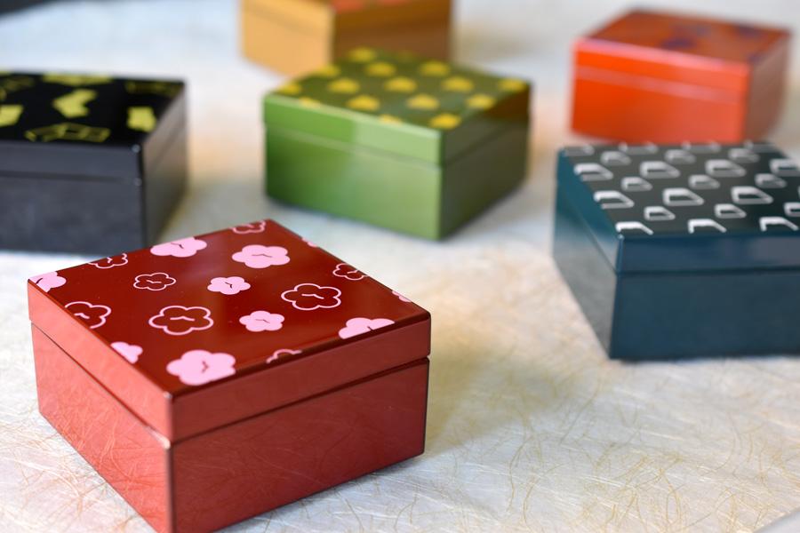うるしこはこ 漆塗りの小箱