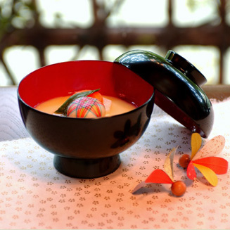 >雑煮椀 総朱/黒内朱 木製 漆塗り漆器の井助